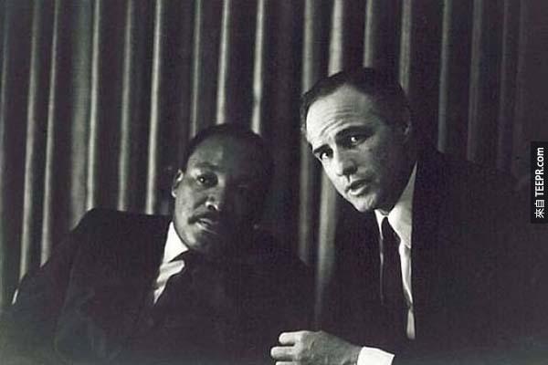 22)MLK Jr。和馬龍·白蘭度。