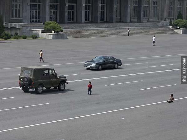 但透過Eric的這些照片可以幫助很多人了解北韓真實生活的情況。
