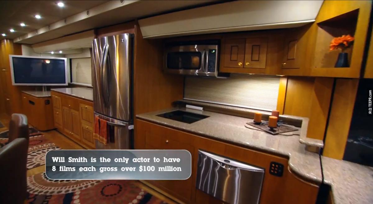 價值 10萬-20萬的廚房。