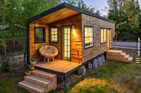 15.)Macy Miller建造這個小房子,只花了台幣3萬多,根本沒有房貸壓力!