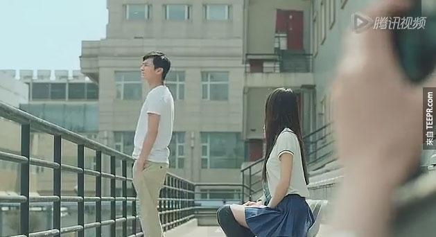 一開始明明看起來就是一支很純真浪漫的影片。但是看到後來...結局讓我極度傻眼!