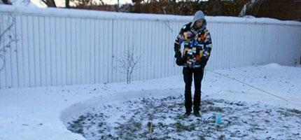就算你不喜歡冰冷的地方,你也一定會很愛這對情侶用雪做的東西。