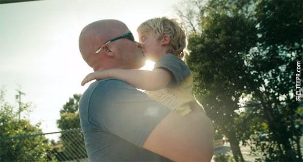 60秒鐘讓你看到當爸爸到底是像什麼樣子。看完後發現眼眶已經濕掉了...