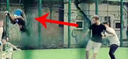 這簡直太令人熱血沸騰了!...這支影片會讓不喜歡足球的人都愛不釋手。