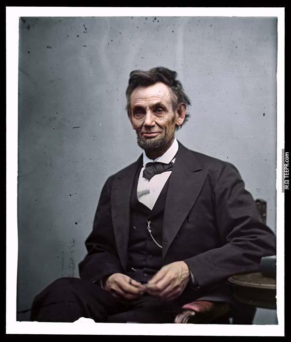 覺得歷史書裡面的人物很遙遠嗎?這55張彩色化的歷史照片完全改變了我的想法。