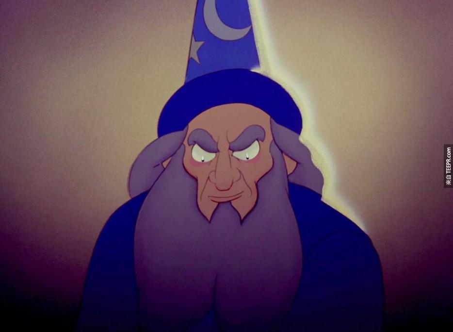 电影魔法师的学徒中出现的巫师叫做Yen Sid,刚好是把单字迪士尼的倒过来的拼法。