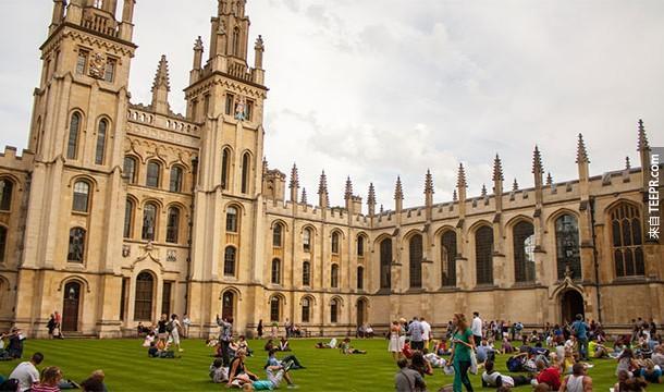 2.) 牛津大學比阿茲特克帝國還古老。