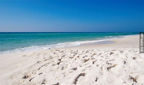 6.) 太空中的星星比沙灘上的沙子還多!