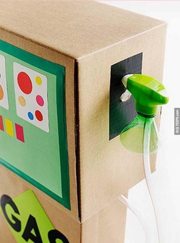 家裡有很多沒有用的紙箱嗎?你可以把它們變成這31個超棒的東西喔。