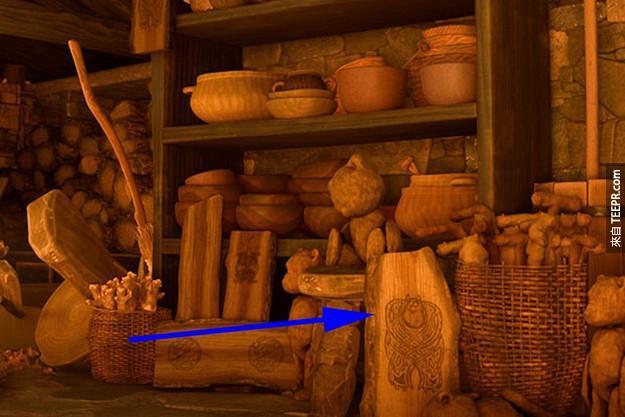 如果你有仔细看勇敢传说这部电影,你会发现老女巫拥有一个毛怪的木雕。