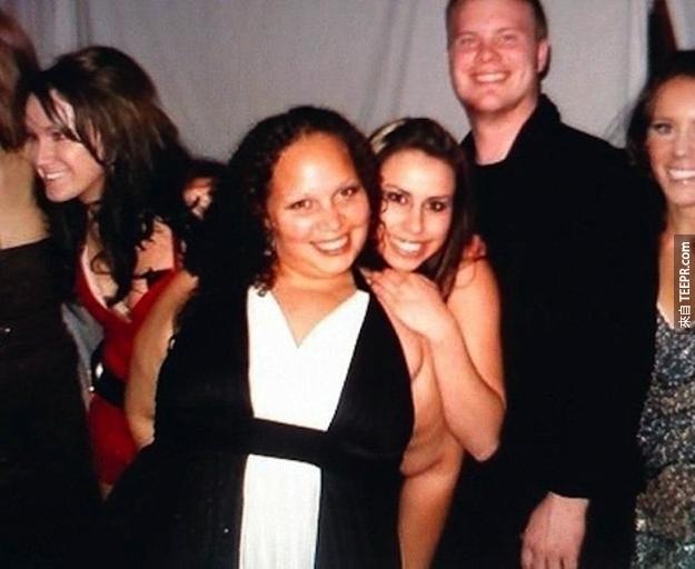裸體的女人?!