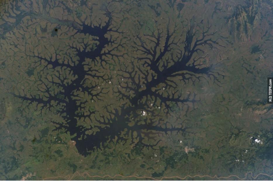 35. MBAM河,喀麥隆