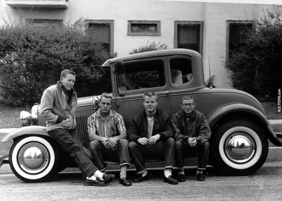 青少年和他們的第一輛汽車(1950)。