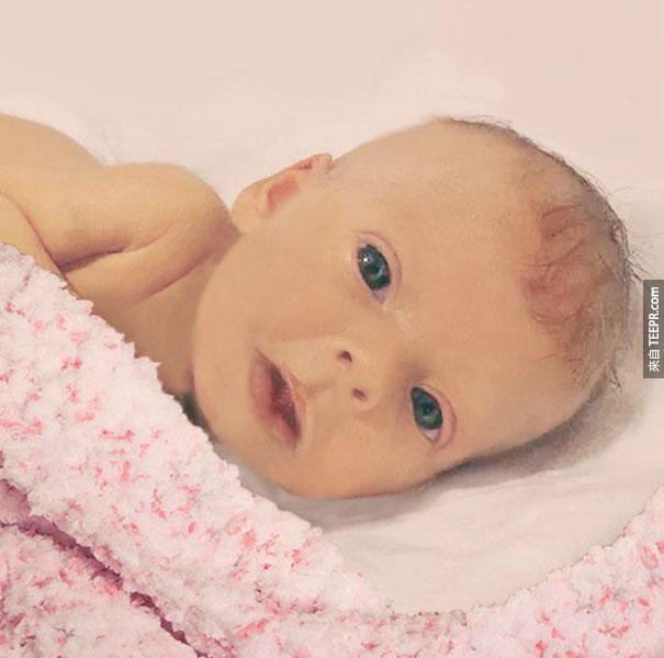這個父親請網民幫忙把他死去的6個月大的女兒Photoshop。修改後的結果會讓你感動不已。