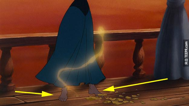If you look closely you'll notice that Ariel is not wearing shoes:
