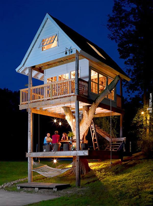 13. 如果你正在幫你的房子做一個巨大的改造,問問你的承包商如何做一個樹屋或迎賓室吧!