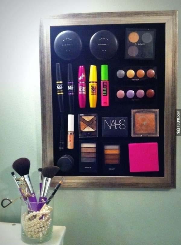 14.) 用詞鐵板讓化妝品都乖乖聽話。