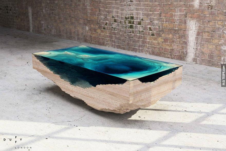 這個英國設計師發明出一種方法,可以把大海帶到你家。你一定沒有看過這麼美的東西。