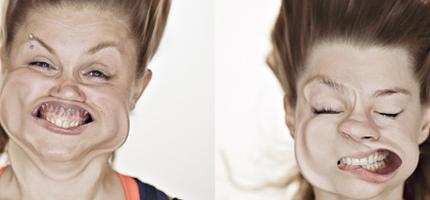 這個攝影師用超級強風吹這些人的臉。不管你有多漂亮,都會看起來像這樣。