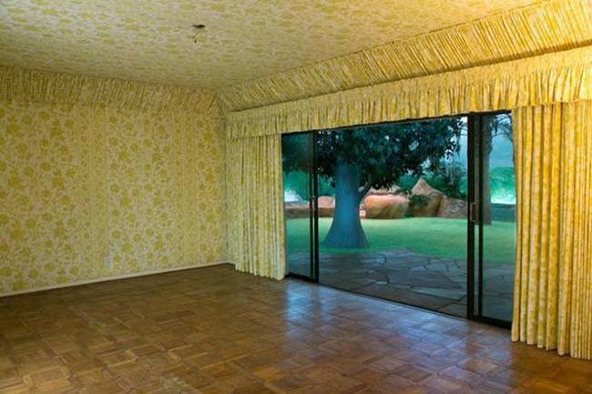 這棟冷戰時期建造的房子絕對會給你一個最不一樣的驚喜。你到地下室就會知道了。