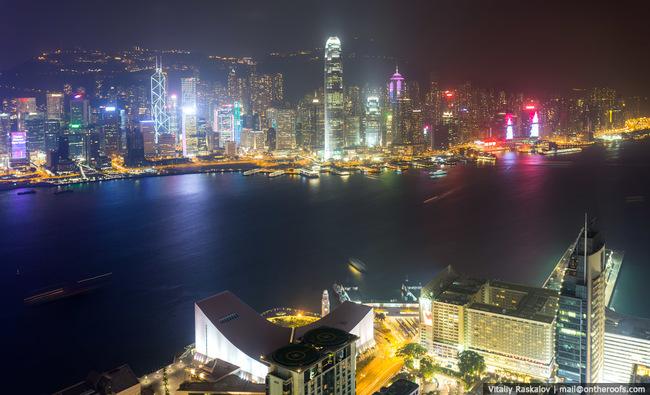 23.) 在探索香港時很容易迷路,但是因為他們的大眾交通工具系統做得非常棒,所以不用擔心找不到回家的路。