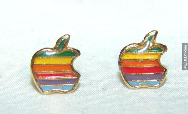 3. 蘋果耳環