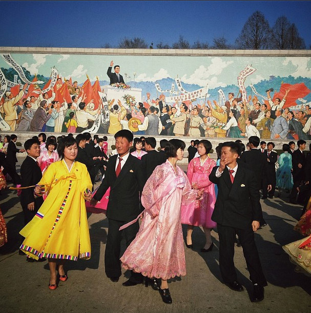 北韓的傳統民俗舞蹈。