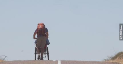 他跟他全身癱瘓的朋友說了一句話。接下來他們做了一件讓全世界為之動容的事情。