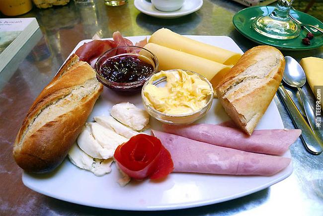 33個不同國家的早餐美食,每一個都會讓你的口水直流!