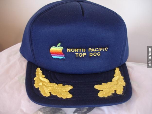 6. 蘋果棒球帽