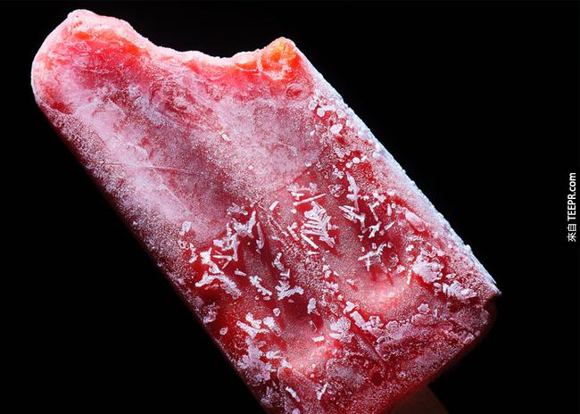 13. 冰棒:可以紓緩喉嚨痛跟口渴。