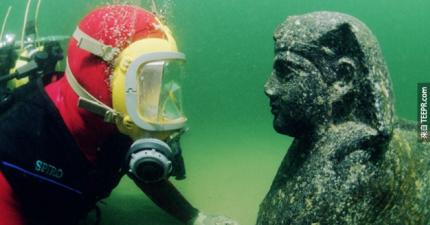 陸地上的旅遊已經不夠看了。你一定要看看這些海底的神祕景點。