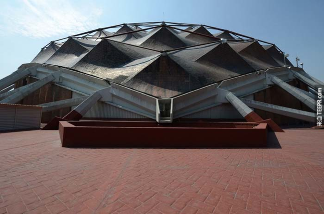 1968年墨西哥(Mexico)奧運的體育館Palacio de los Deportes。