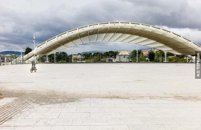 2004年希臘雅典(Athens, Greece)奧運留下來的建築。