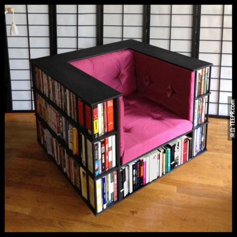 25. 椅子就是你的書櫃(書迷一定會愛死!)