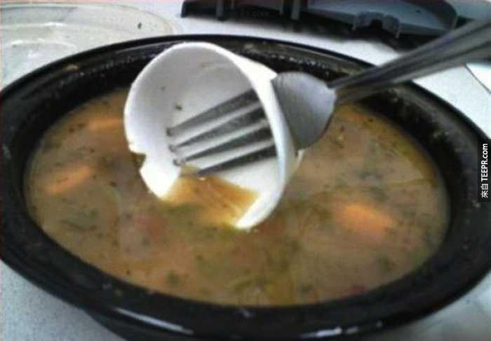 一時找不到湯匙怎麼辦?簡單啦!