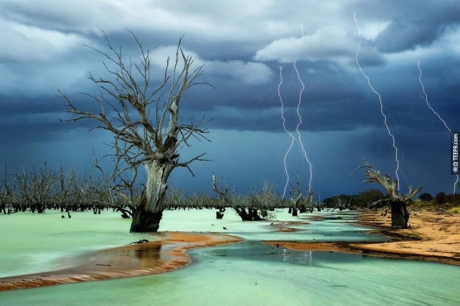 澳洲梅寧迪湖區
