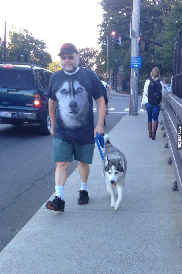 這個男人和他的愛犬證明了哈士奇即將攻佔這個世界!