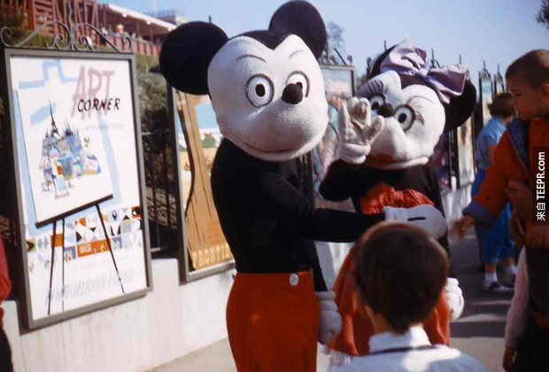 這17張1955年的迪士尼樂園的照片有可能會讓你做惡夢。