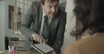 他以為平板電腦什麼都可以代替,直到老婆受不了,對他做出了超爆笑的報復。