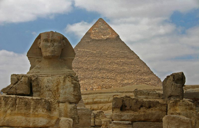 7.) Scientists have demonstrated how the Egyptian pyramids might have been assembled using kites.