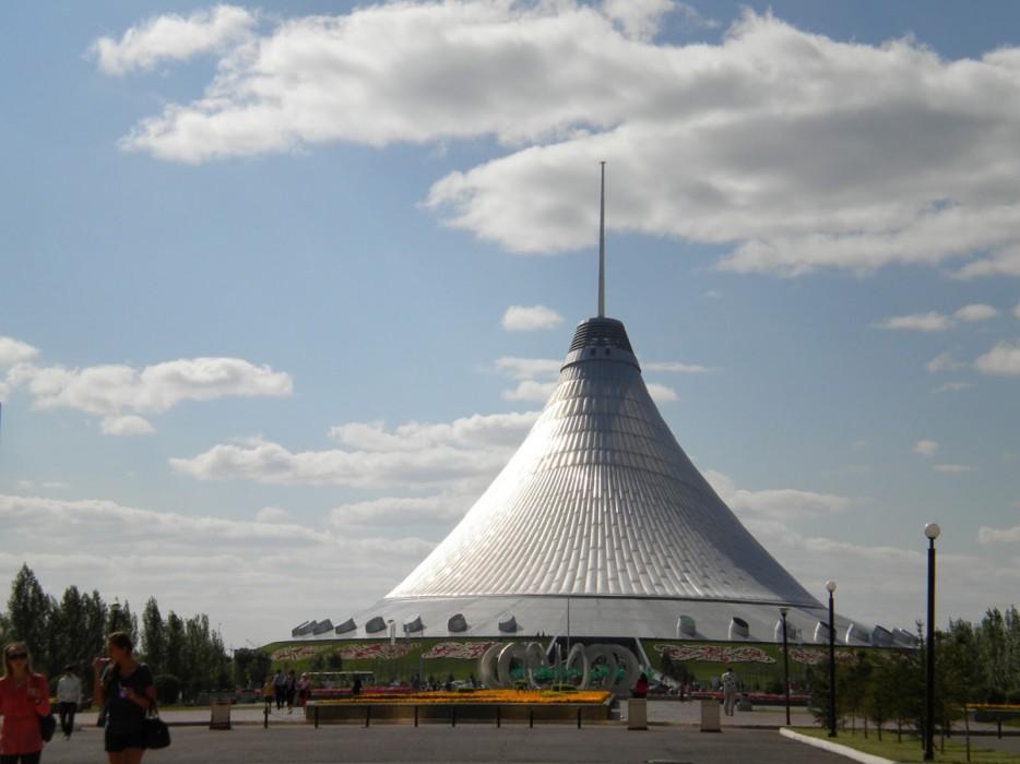 哈薩克(Kazakhstan)大汗帳篷娛樂中心(Khan Shatyr Entertainment Center)