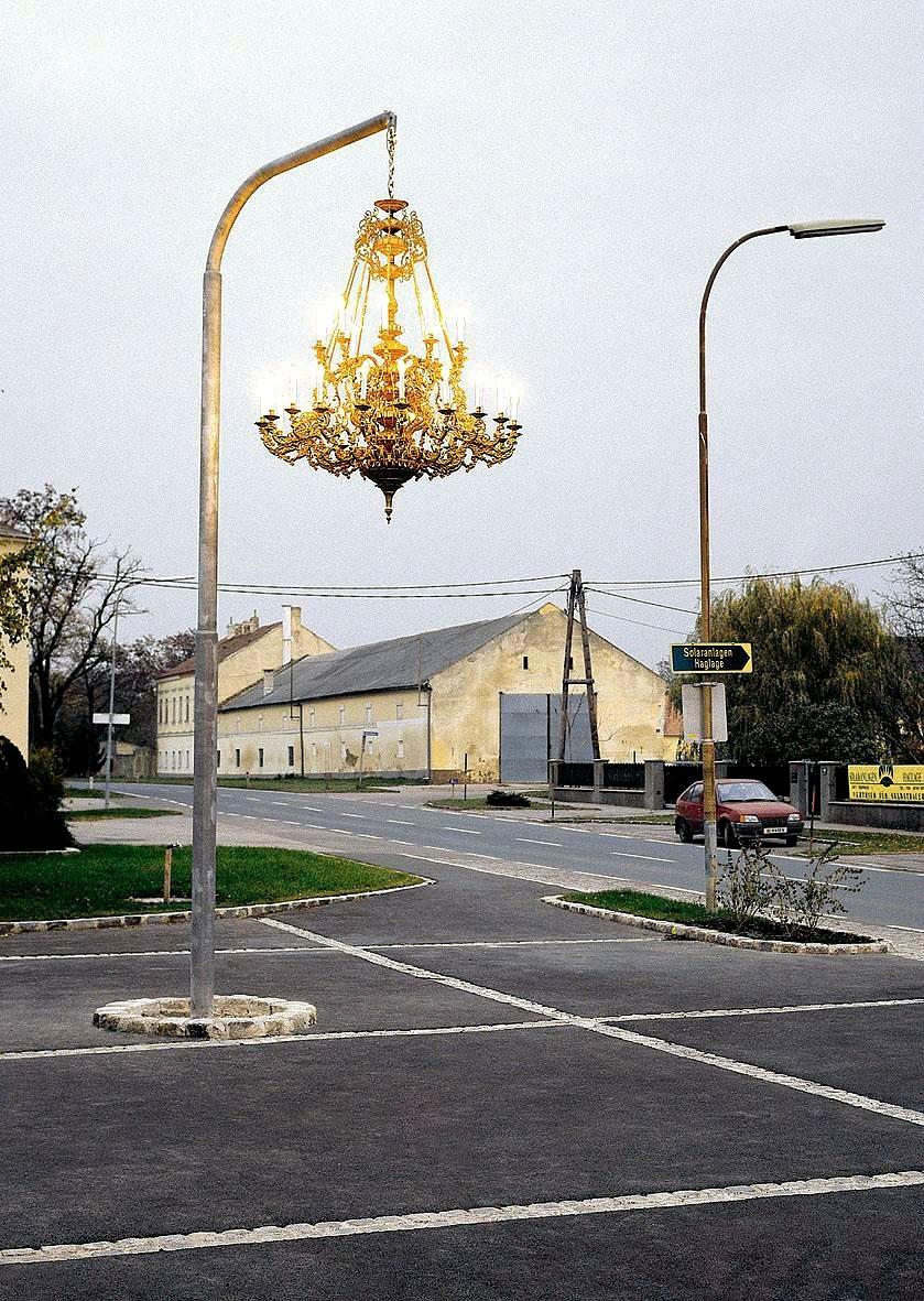 街頭吊燈藝術, Werner Reiterer 的作品。(奧地利)