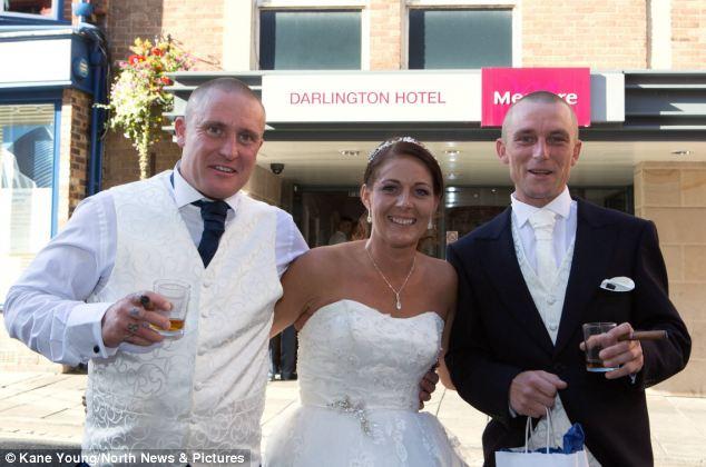 婚禮舉行到一半居然發生了前所未有的災難。沒想到最後卻變成最好的祝福。