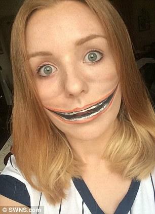 年僅21歲的小女生,光用50塊錢的化妝品就讓她紅到連電視製作公司都積極邀請她。
