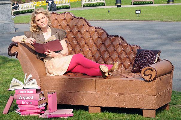250KG巧克力沙發!誰要跟我一起吃?