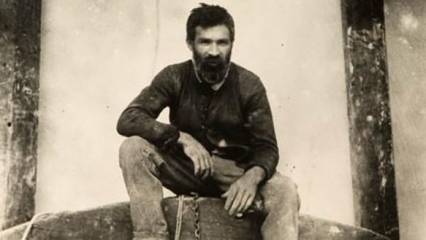 14. 在伊朗潛伏的蘇聯美國役間諜Gevork Vartanian,在19歲的時候,阻止了納粹想要暗殺在德黑蘭(Tehran)會面的史達林(Stalin)、羅斯福(Roosevelt)、和邱吉爾(Churchill)。