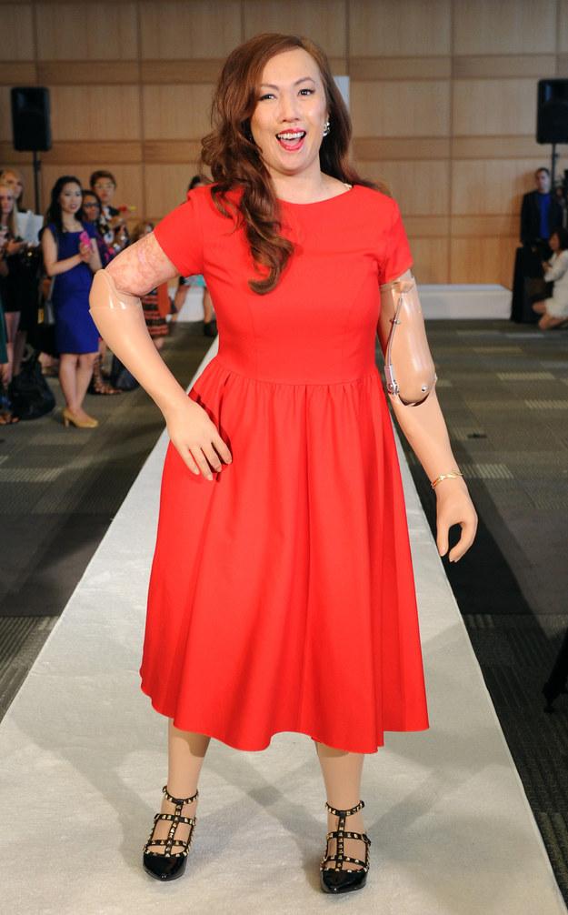 在9月5日,Crespo成為第一位四肢節肢人士,走上紐約時裝週(New York Fashion Week)。