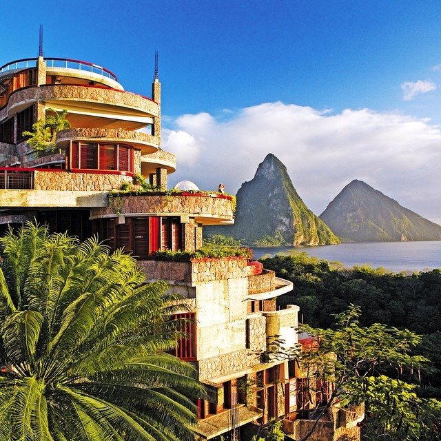 這些怎麼可能是旅館?!來看看這全球14個最特別的驚奇飯店。