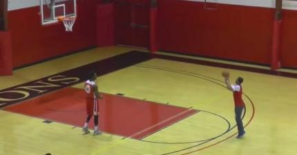 大學生投籃比賽連續投進4個難度超高的球,超驚險贏得1萬美金學費獎金!